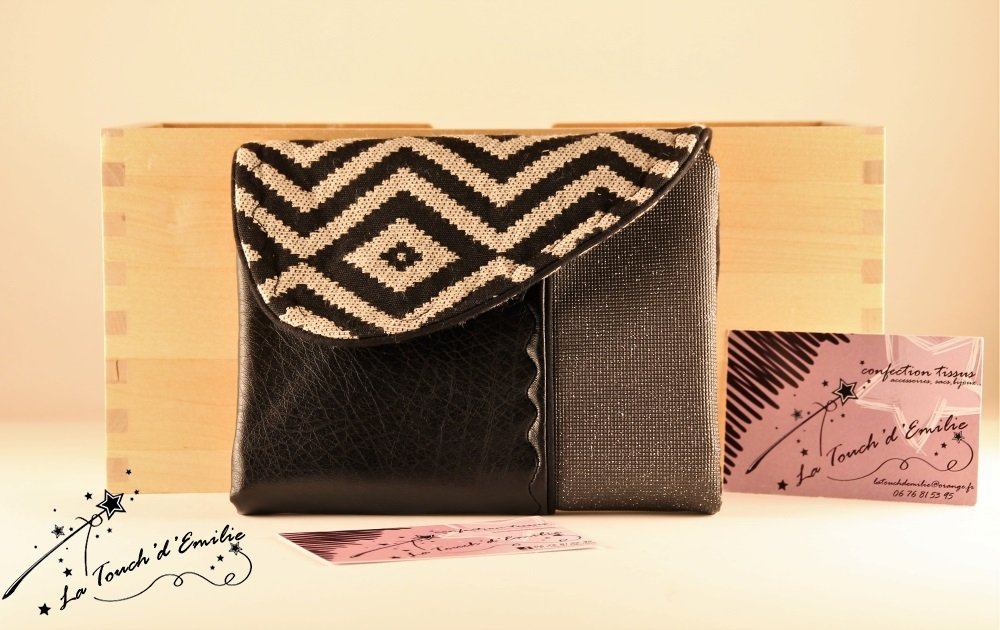Le combi cartes-monnaie Jacquard noir.--2225162114619