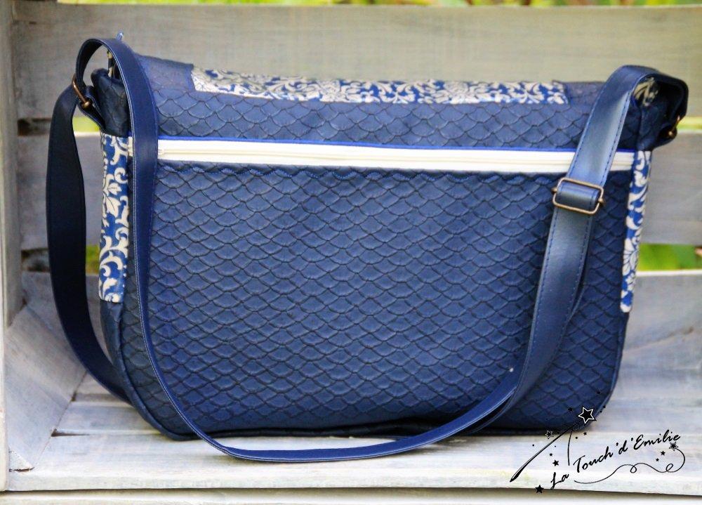 Maxi Sac Besace Bleu Baroque.--9995067571949